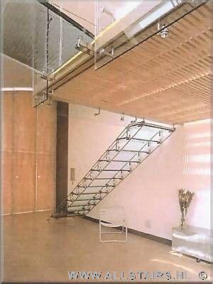 dichte glazen steektrap allstairs bouwt het voor u. Black Bedroom Furniture Sets. Home Design Ideas