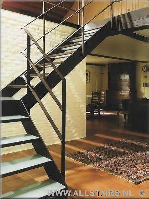 Glazen trappen vind uw glazen trap bij allstairs - Moderne trap kwartslag ...