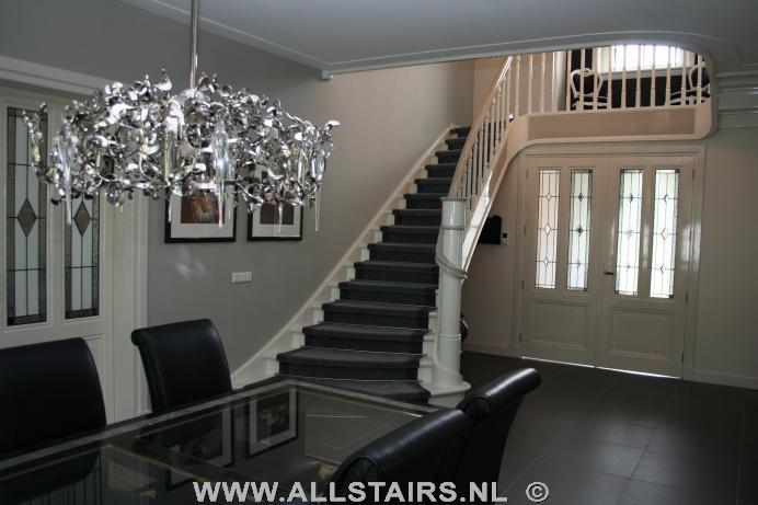 Uitsparende houten design trap allstairs trappen benelux