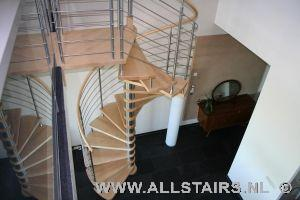 - Eigentijds trap beton ...